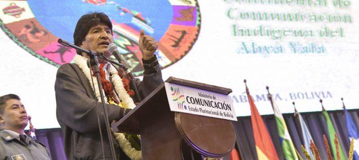 15 noviembre 2016, Tiquipaya, Cochabamba.- Con una ceremonia de ofrenda a la Pachamama (Madre Tierra) el presidente Evo Morales inaugura III Cumbre Continental de Comunicación Indigena Abya Ayala. (Fotos: Freddy Zarco)