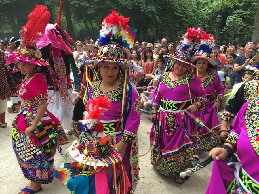 Entrada y Pasacalle de los grupos de danza Inti Raymi
